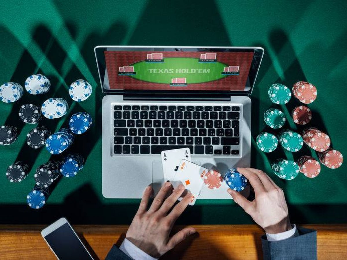 How to play poker in the internet?